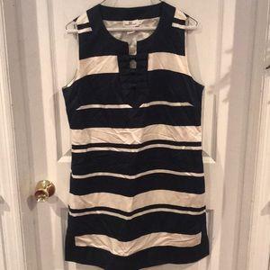 Vineyard Vines Navy and white stripped dress